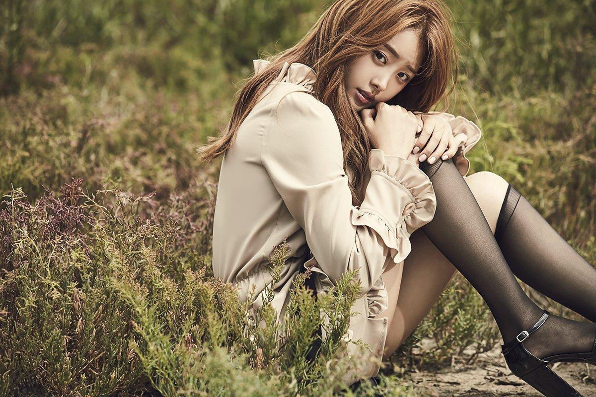 song-jieun-3